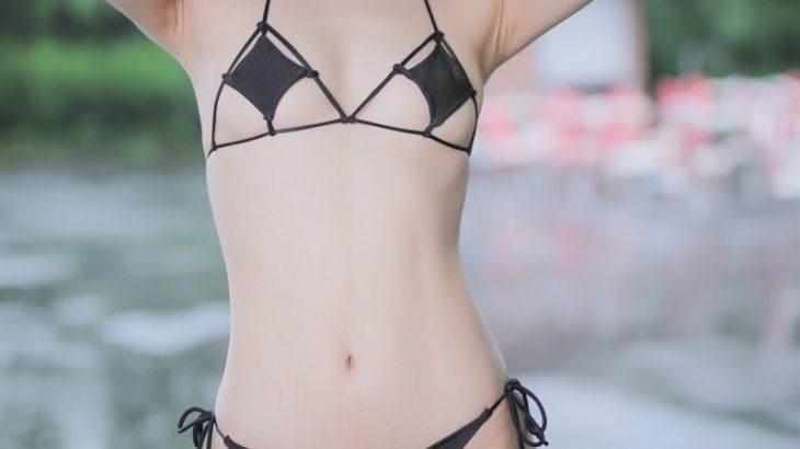 【画像】めちゃくちゃ貧乳の女の子がグラビア撮影(画像大量)www