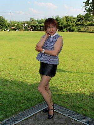 【画像】こんなんレイプしてと言っているくらい短いスカートはいてる女の子