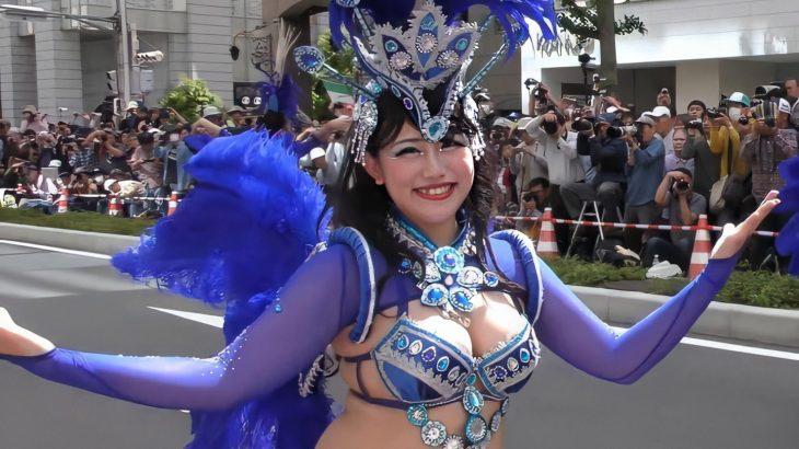 サンバで乳放り出してる日本人女性www