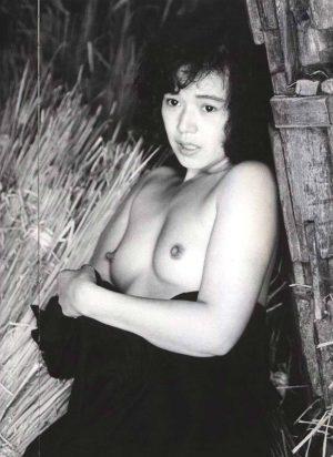 【放送事故】大竹しのぶが生放送で乳房ボロリンwwww