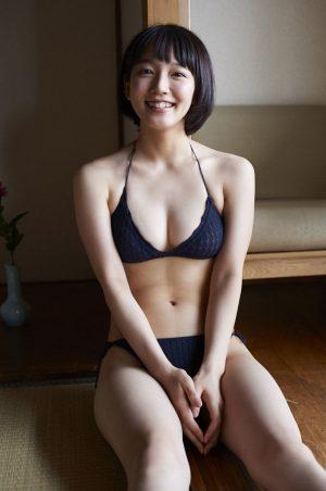 吉岡里帆ちゃんのスケベな身体