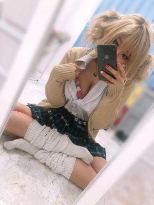 【画像】最近のJK、どんどんスカートが短くなる これはぶっかけられても仕方ないwwwwwwwwwwwww