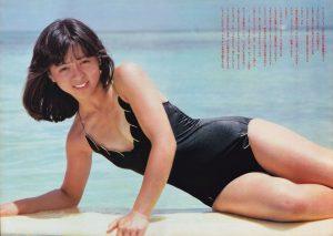 【画像】なんJ民公式アイドルに就任した伊藤麻衣子(55)