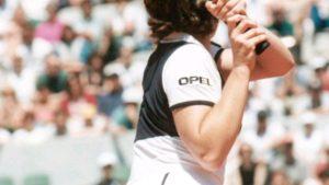 【画像】昔の女子テニスのユニフォームエロ過ぎる