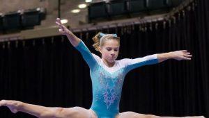 【画像】女子体操選手、股間に謎の膨らみがある