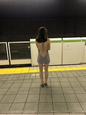 【画像】駅にドスケベTheエッチセックス女いた