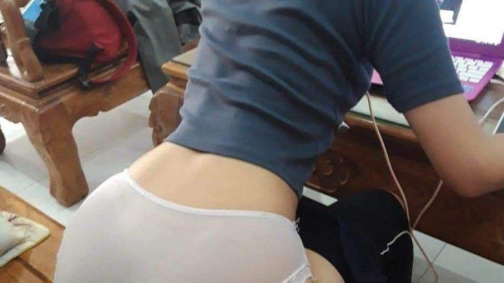 私のパンツみる?
