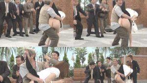 【画像】志村けんが女のスカートめくってパンツ脱がして生尻を見せびらかすコント