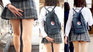 【画像】スカート短すぎてお尻の始まりが見えてる女子高生wwwwww