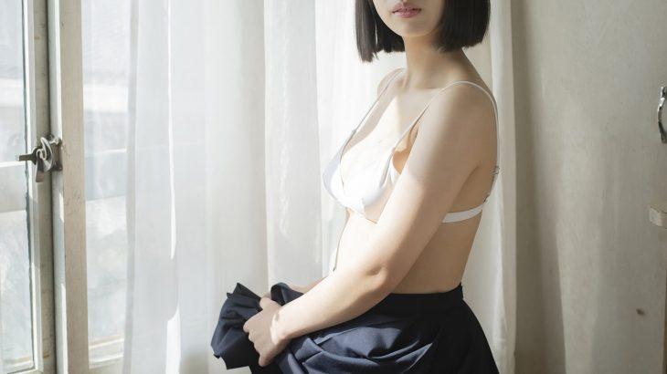 【画像】現役JKグラドルの菊池姫奈(15)ちゃん、下半身があまりにもスケベ過ぎる